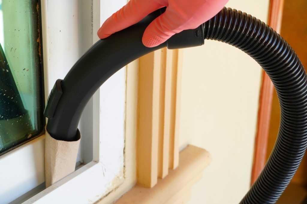 10 Household Vacuuming Hacks And Tips Frugal Blossom